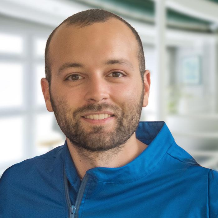 Team dello Studio di ortodonzia del Dott. Giovanni Bavaresco a Padova - Il Dott. Saverio Sanguin specializzato in pedodonzia - Medici odontoiatri a Padova