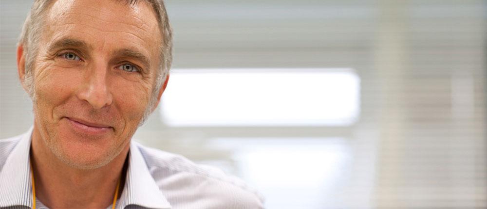 Dott. Giovanni Bavaresco - Dottore in Medicina e Chirurgia specializzato in Odontostomatologia. Opera a Padova presso il Centro di Ortodonzia Bavaresco